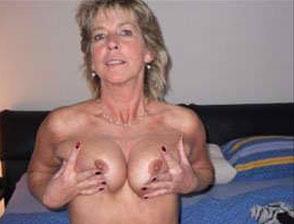 versaute dauergeile oma will bei einem sextreffen bumsen